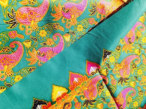 Batik indonésien, fond vert émeraude, motifs couleurs vives jaune / rose 177 cm