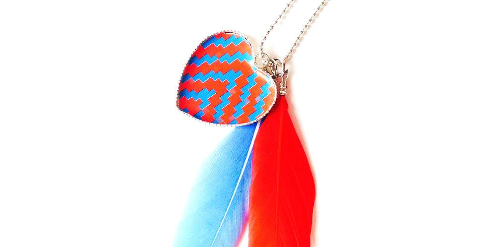 Sautoir IROQUOISE, plume rouge plume bleue, coeur