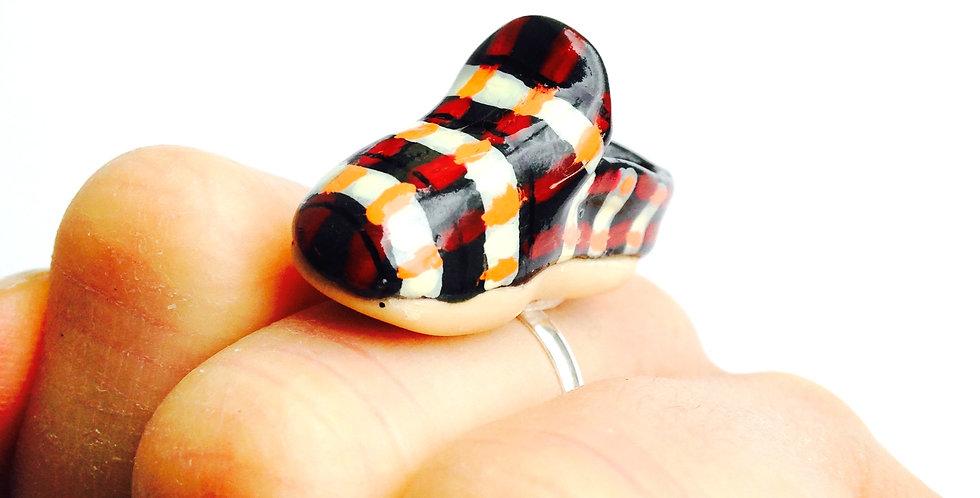 Bague LA P'TITE CHARENTAISE, pantoufle miniature tartan