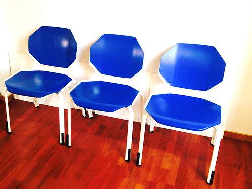 Chaises hexagonales FROSCHER SITFORM, bleues, rénovées pièces rares trio