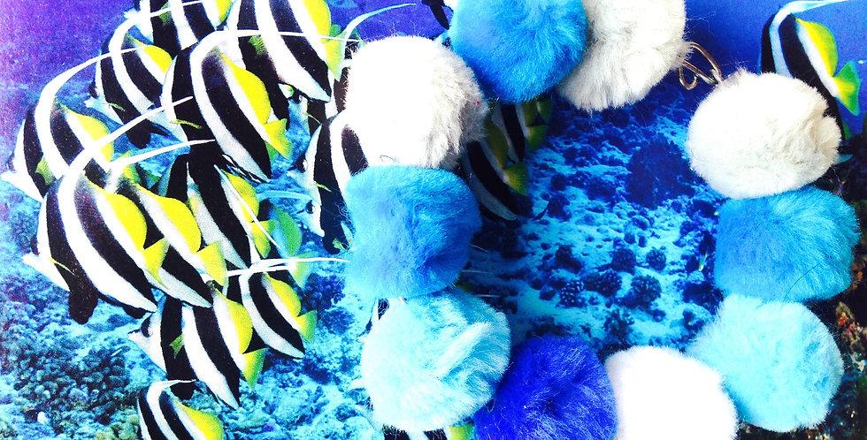 Bracelet LAGON, perles fourrure bleues
