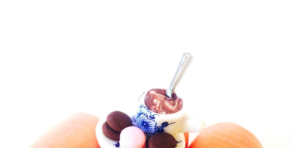 Bague LES P'TITS MACARONS BIEN MÉRITÉS, tasse café macarons miniatures