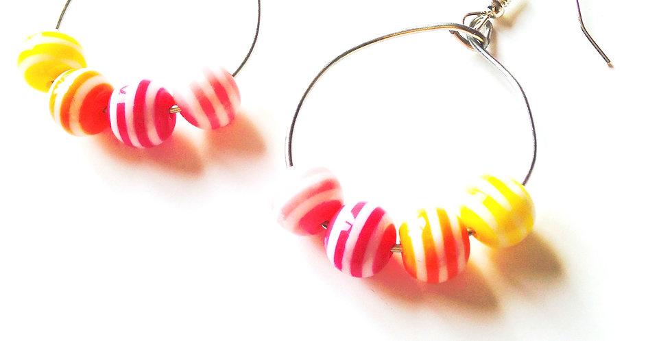 Boucles d'oreilles Créoles, BONBON SOLEIL, perles rayées