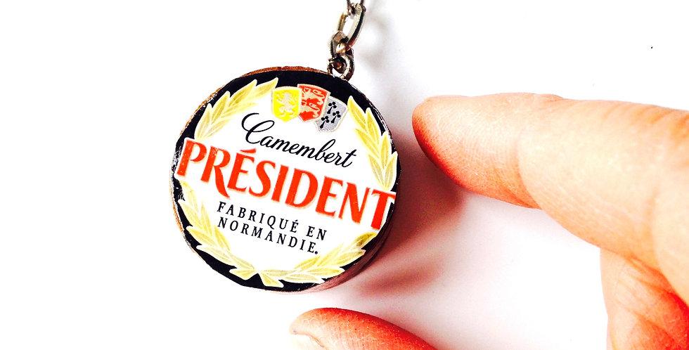 Porte-clé fait main, LE TRÉSOR NATIONAL, camembert miniature