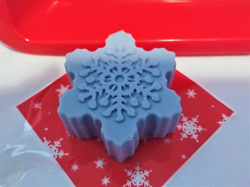 Snowflake Wonder Soap with Peppermint, Eucalyptus, & Rosemary Essential Oils