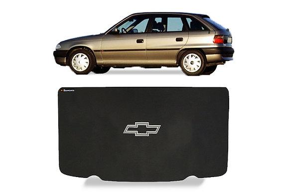 Tampão Astra Hatch 1995 a 1997 - Simples com Símbolo