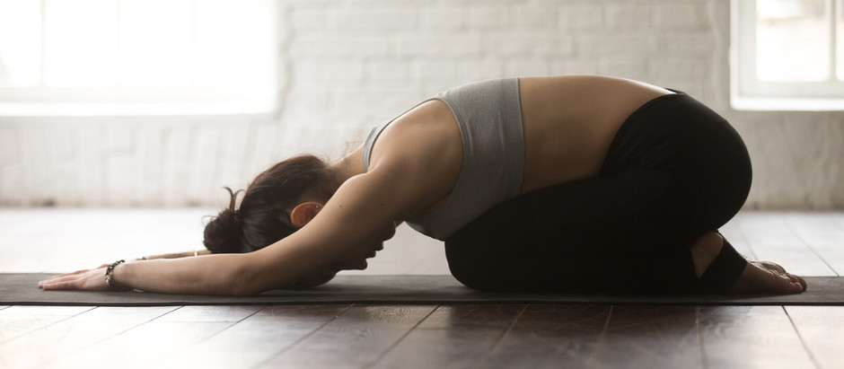 Quelques étirements efficaces pour soulager les douleurs du bas du dos et des hanches.