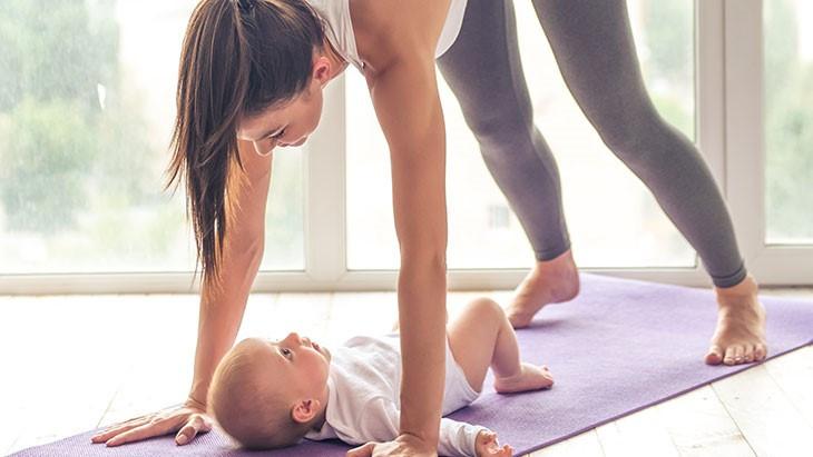 Dur, dur de vous remettre au sport depuis la naissance de Bébé ?