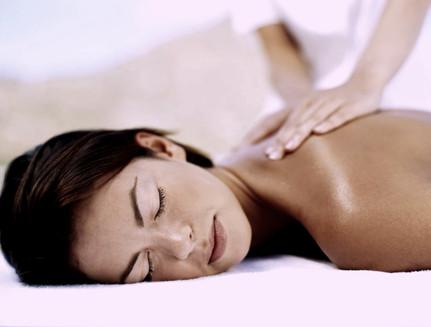Massage med eteriska oljor