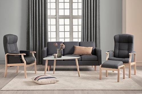 Sofa med kraftigt møbelstof
