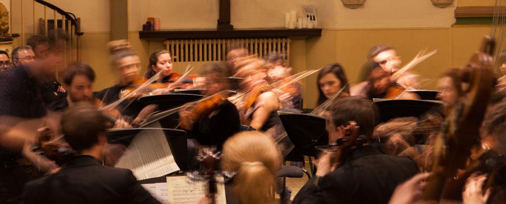 Orchestra in blur