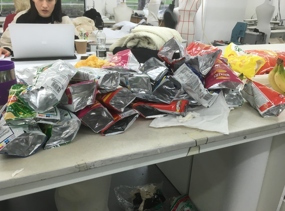 Collecting more crisp packets_2