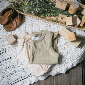 My Eco-Friendly Minimalist Baby Registry and 6 Surprising Items to Include