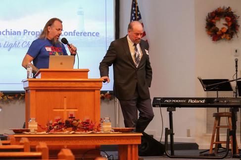 Tom Dunn, Pastor Farster