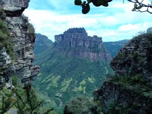 Morro do Castelo - Vale do Pati