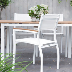 St. Tropez stackable dining chair with arm
