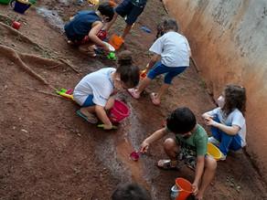 7 motivos para brincar na lama