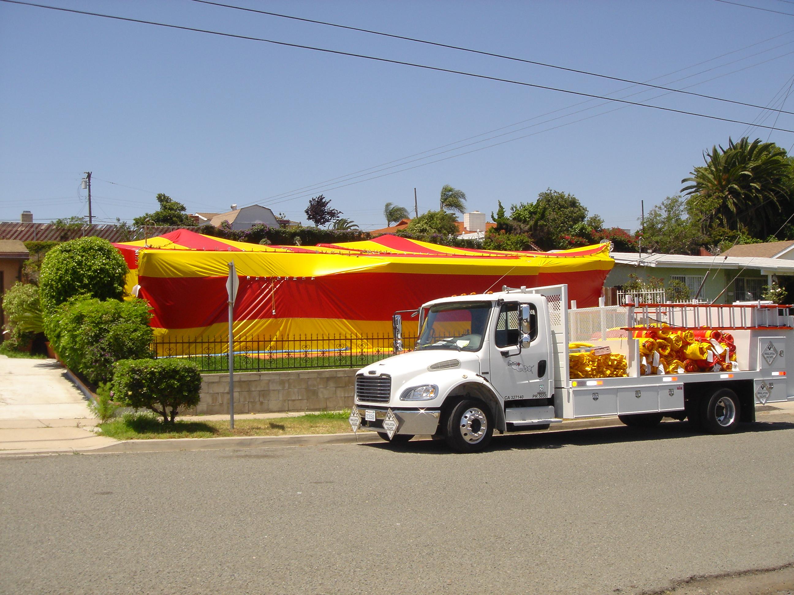 fumigatio  truck and fumigation tent