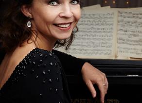 «A Flute for the Tsar».  Наталья Фролова (фортепиано).
