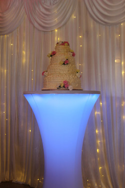 Light up cake table