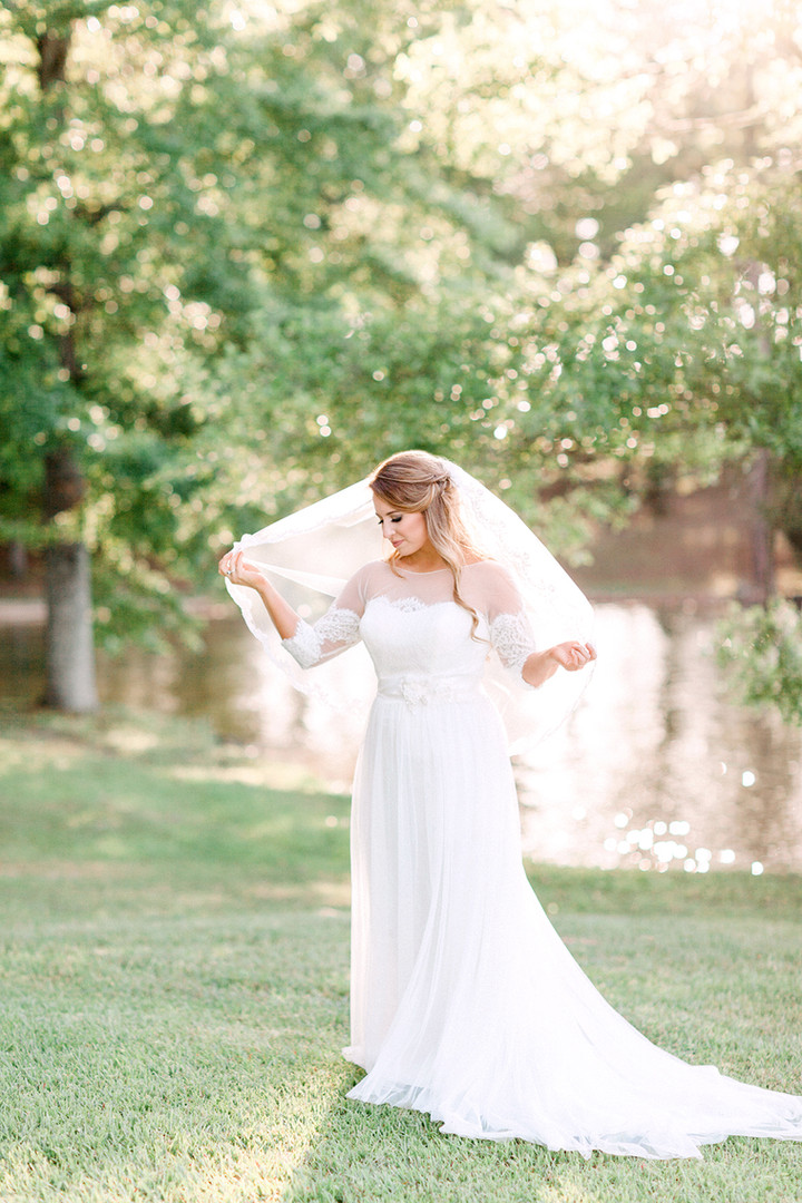 Megan Mullins Photography; Wedding at Lake Martin, Alabama