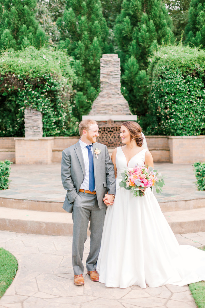Megan Mullins Photography; Wedding at The Sonnet House in Birmingham, Alabama