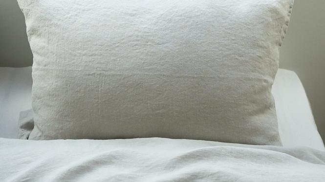 Cushion stonewashed linen