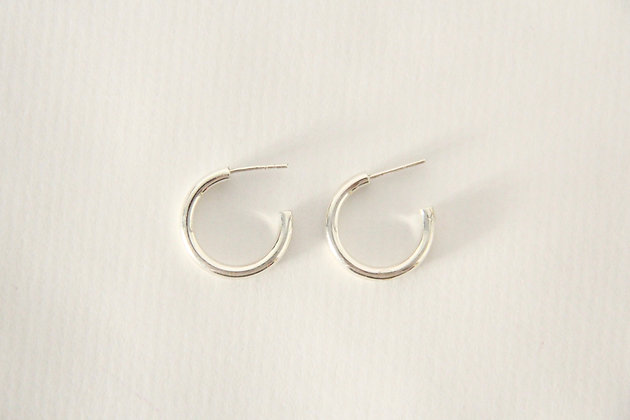 TOU - Silver Hoop Small