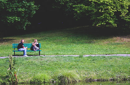 bench-couple-date-6051.jpg