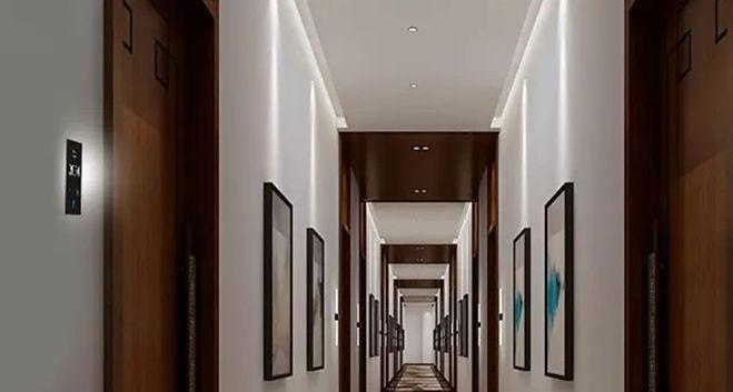 Hall_doorpanels1.jpg