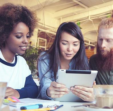 Los estudiantes con iPad