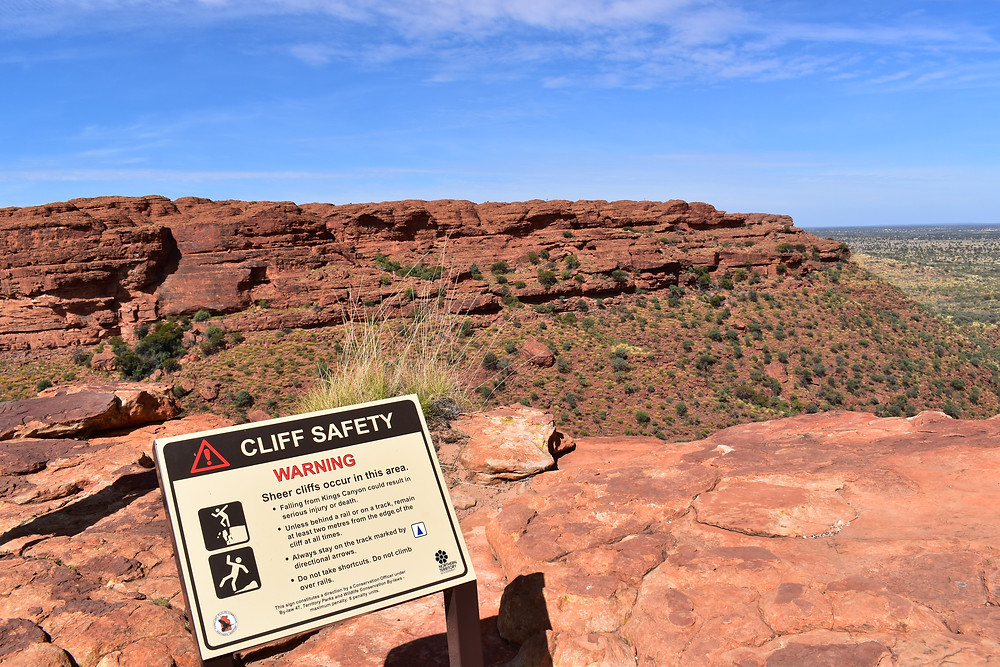 We were well-warned about the Kings Canyon Rim Walk.