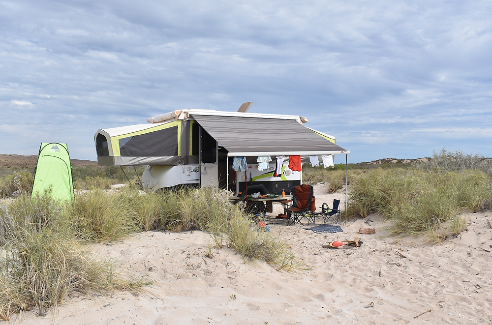 Beach front camp at Ningaloo Station