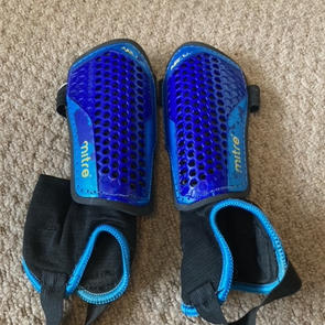Mitre  Blue Shin Pads