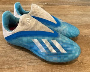ADIDAS, PALE BLUE/WHITE MOULDED STUDS