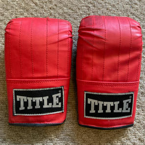 TITLE, Mitts