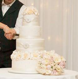 Nat's wedding cake.jpg