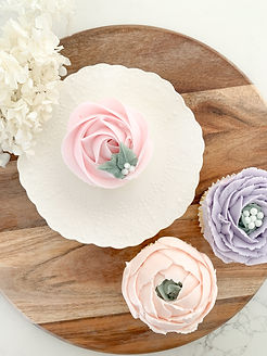 Mother's Day Deluxe Floral Cupcakes