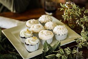 Garden Cupcakes. Ainslee Burke Photograp