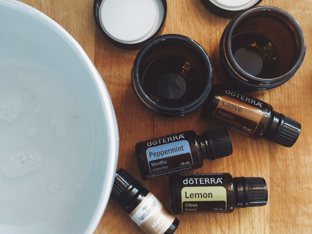 THE TRUTH ABOUT TOOTHPASTE + DIY TOOTH POLISH RECIPE