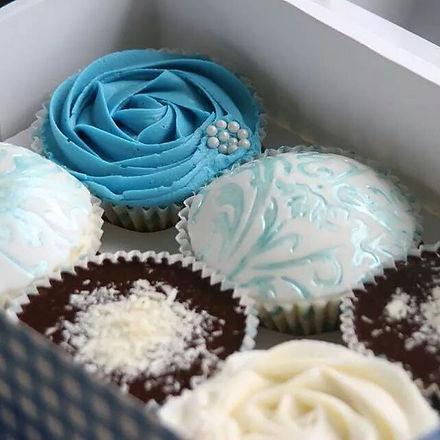 Beautiful blues #cupcakes  #nofilter  #j