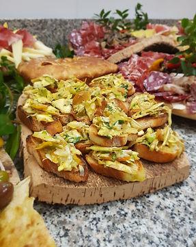 Crostini with carciofi e bottarga