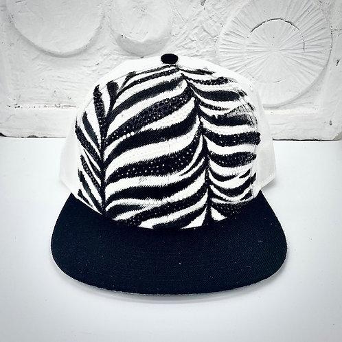Aurora Black ZEBRA CAP