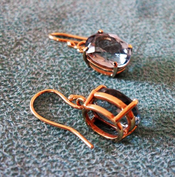 Aquamarine gold earrings (1).JPG