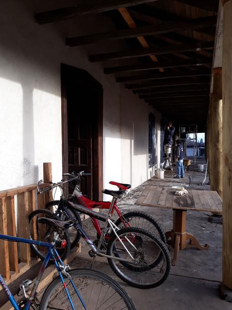 Estacionamiento de bicicletas con maderas re