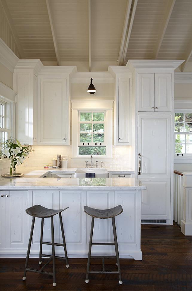 White marble kitchen farmhouse sink