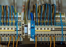 wire-1098059_1920.jpg