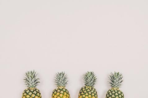 pineapple-2588302_1920.jpg