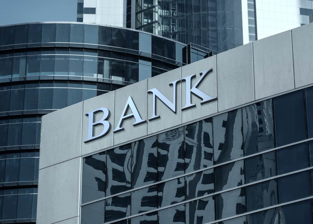 40 Banks Apply To Offer Bitcoin and Ethereum Services