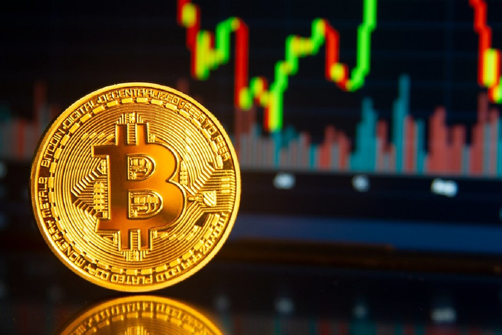 Analyst Says Bitcoin Likely To Reach $12K Following Break Above $7.5k
